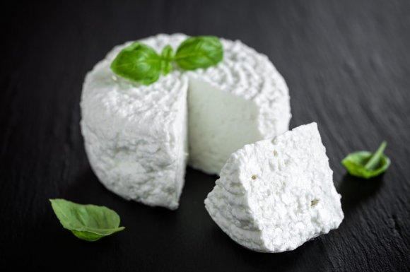 Vente de fromage de chèvre de producteurs locaux à LaTour‑du‑Pin